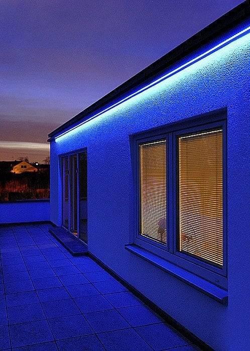 RGB LED STRIP 12V , 300 SMD 5050 LED'S IP68